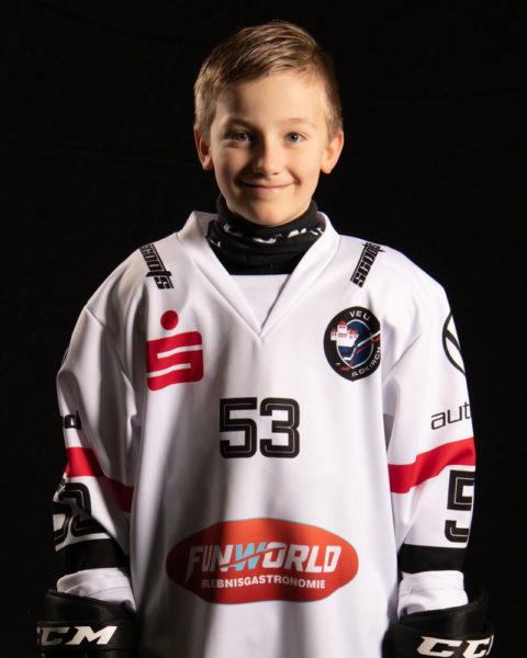 53-Eisath-Niklas-Portrait